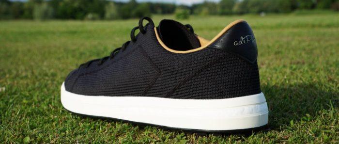 adipure knit hinten 700x297 - Die schönsten Herren-Golfschuhe im Sneaker-Style