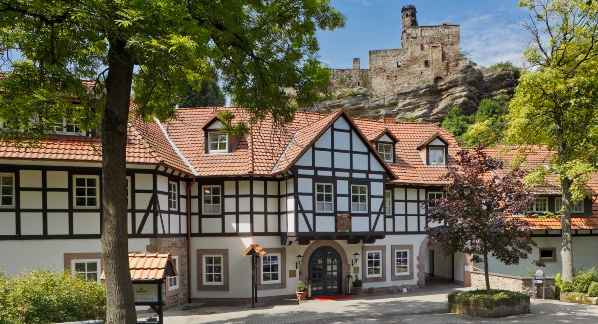 burghotel hardenberg - Golfurlaub im Herzen Deutschlands – Gräflich Golfen in Niedersachsen