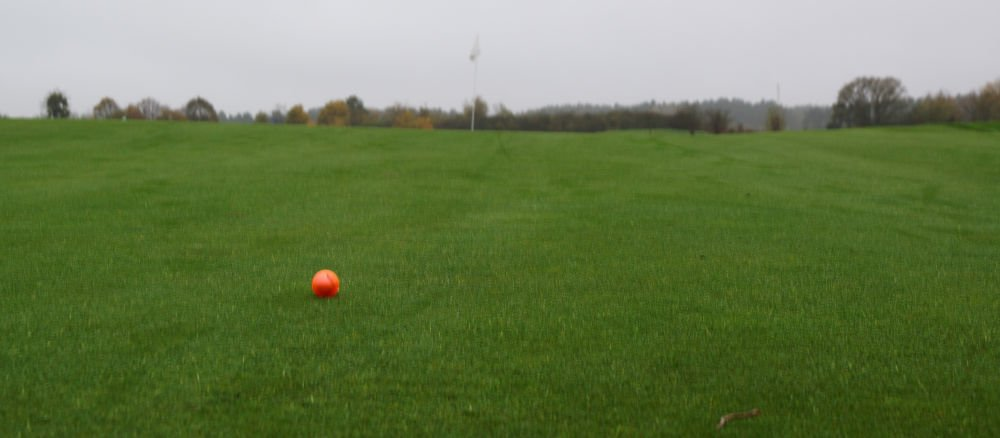 chromax golfplatz - Bunte Golfbälle für den Winter