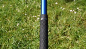 cleveland cg black hybrid griff 300x170 - Die besten Hybrid-Schläger im Test