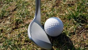 cobra tour trusty am ball 300x169 - 10 Gap-Wedges im Test