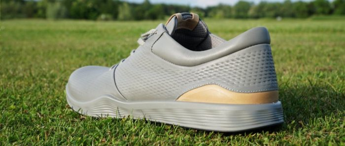 ecco s lite hinten 700x297 - Die schönsten Herren-Golfschuhe im Sneaker-Style