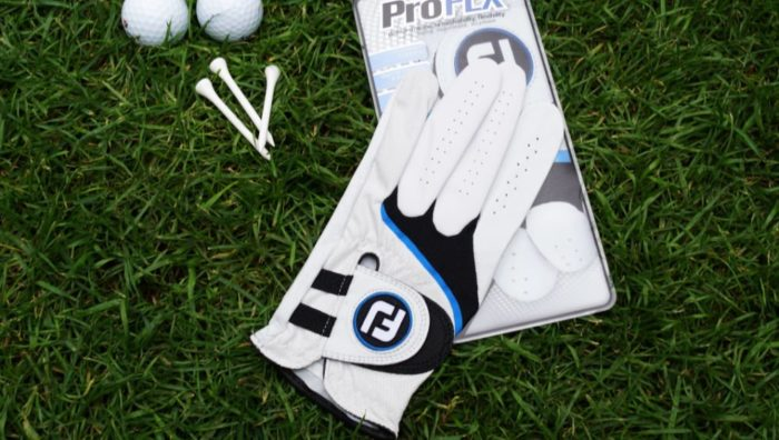 footjoy proflx verpackung 700x396 - Die besten Golfhandschuhe –Kaufratgeber