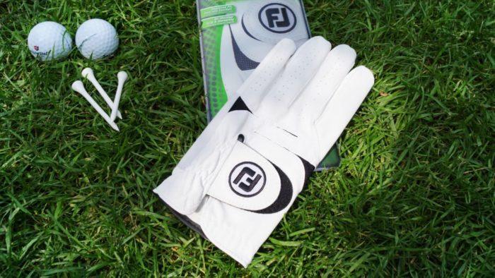 footjoy weathersof verpackung 700x394 - Die besten Golfhandschuhe –Kaufratgeber