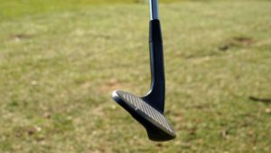 jg golf wedge sohle 300x169 - 10 Gap-Wedges im Test