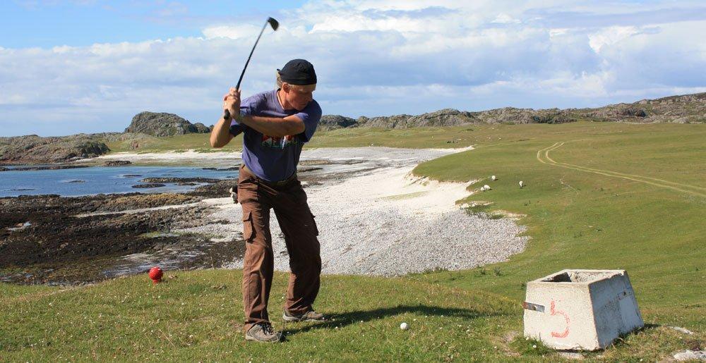 Mario Prell beim Golfen in Schottland