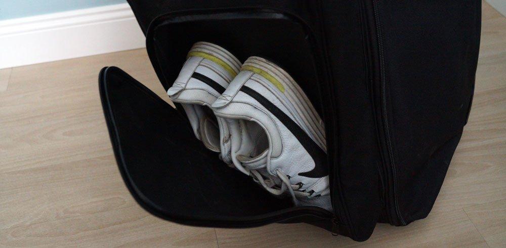 mikado travelcover schuhfach - Travelcover – Die Reisetasche für das Golfbag