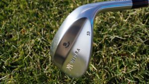 miura new wedge kopf 300x169 - 10 Gap-Wedges im Test