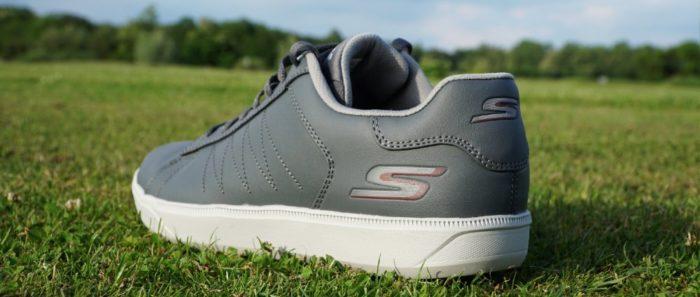 skechers godrive hinten 700x297 - Die schönsten Herren-Golfschuhe im Sneaker-Style