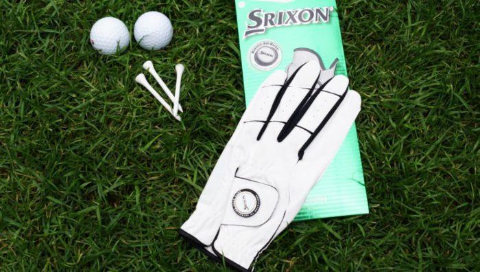 srixon allweather verpackung 700x396 - Die besten Golfhandschuhe –Kaufratgeber