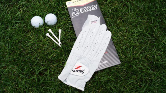 srixon cabretta verpackung 700x394 - Die besten Golfhandschuhe –Kaufratgeber