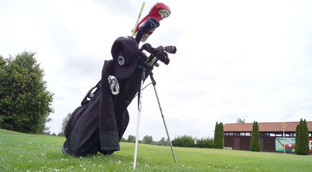 Stand-Bag mit ausgeklappten Beinen