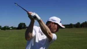 uebung schwungbahn 300x169 - Den eigenen Golfschwung mit dem Smartphone analysieren
