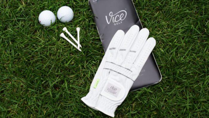 vice duro verpackung 700x396 - Die besten Golfhandschuhe –Kaufratgeber