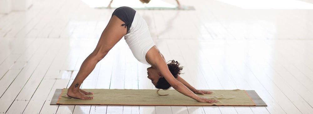 yoga golf - Keine Zeit für den Golfplatz? Diese Trainingseinheiten passen in den Alltag